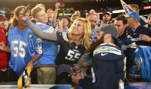 Eric Weddle Signed Autographs for Two Hours After What Might Have Been Chargers' Last Game in San Diego (Video)