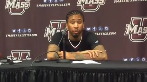 umass trey davis mom shuts off cell data 40 points