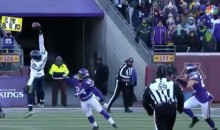 Doug Baldwin Makes Insane One-Handed Grab in Freezing Cold (Video)