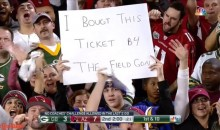 Social Media Reacts to Vikings Fan Misspelled Sign