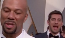 Aaron Rodgers Photobombing at the Oscars (Pic)