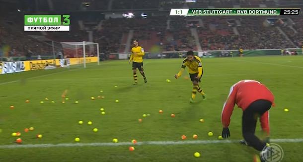 Dortmund fans protest tennis balls