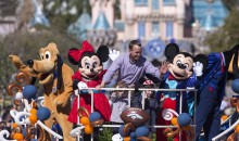 Peyton Manning Leads the Disneyland Parade (Pics)