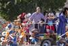 http://www.totalprosports.com/wp-content/uploads/2016/02/Peyton-Manning-Disneyland-9-520x346.jpg
