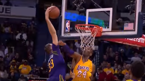 Ryan Anderson posterize Kobe Bryant