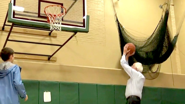 bernie sanders playing basketball new hampshire primary