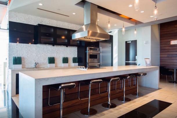 roman harper airbnb apartment panthers super bowl 50 5