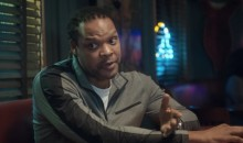 This Hilarious Priceline Ad Shows the Philosophical Differences Between David Robinson and Latrell Sprewell (Video)