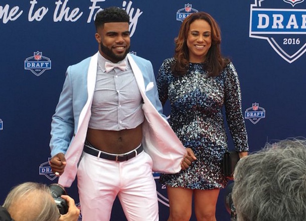 Ezekiel Elliott crop top 1