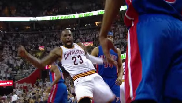 fcc6616ac065 LeBron James' Celebration After This Thunderous Two-Handed Slam Was ...