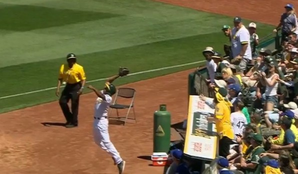 Oakland Ballboy catch
