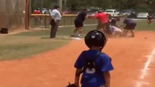 little league parents brawl in front of kids