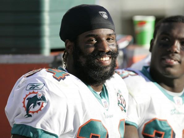 Miami Dolphins vs Oakland Raiders - November 27, 2005