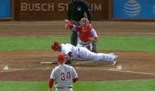 Yadier Molina Drops For Two Push-Ups After Brush-Back Pitch (Video)