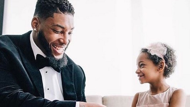 devon still wedding leah still steals the show