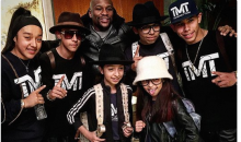 Mayweather Gives $10K To A Family Of Dancers Who Were Living Out Of Their Van