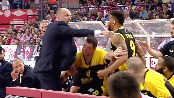 greek league basketball coach tries to attack player AEK Jure Zdovc  Taurean Green