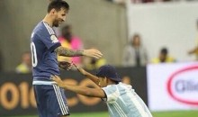 Pitch Invader Bows Down to Lionel Messi at Copa America (Pic + Video)