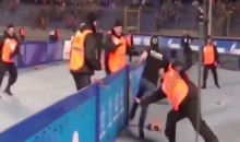 This Fan Looks Like Barry Sanders While Evading Dozens of Security Guards (Video)