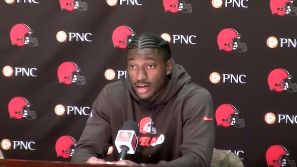 errant RGIII pass clears 16 foot fence internet reacts