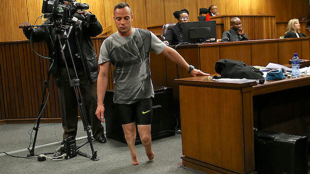 oscar-pistorius-walks-without-prosthetic-legs-at-sentencing-hearing