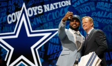Report: Ezekiel Elliott Says He Saved Texts From Ex-GF Saying She'd Ruin Him After Breakup