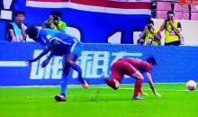 Shanghai Striker Demba Ba Suffers Horrific Leg Break in Game (Video)