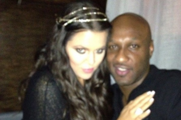khloe-kardashian-wears-gold-head-piece-with-lamar-odom-instagram-580x580