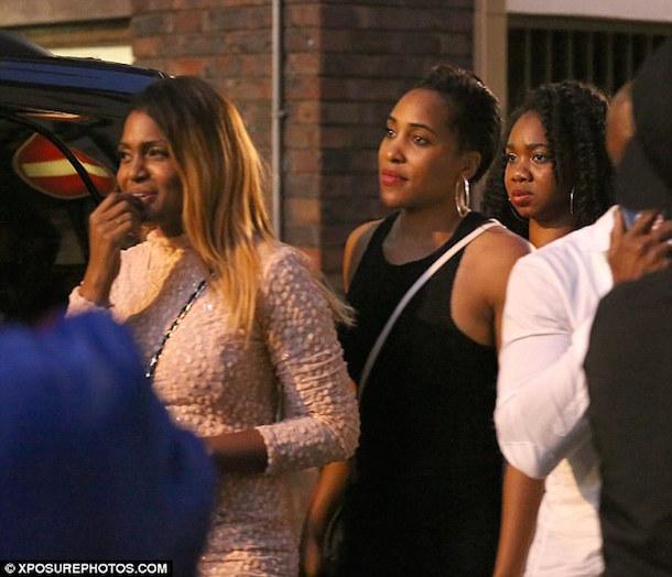 usain bolt brings girls back to london hotel monday 4