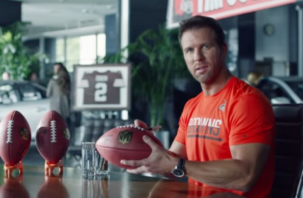 Tim couch appears in bud light commercial mocking clevelands qb tim couch appears in bud light commercial mocking clevelands qb problems video aloadofball Choice Image