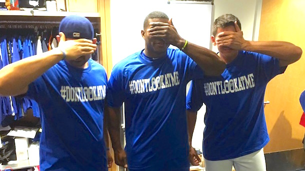 dodgers-dontlookatme-t-shirts