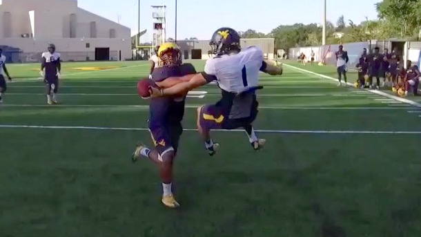west-virginia-freshman-druw-bowen-one-handed-catch