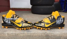 NFL Forces Antonio Brown to Remove His Muhammad Ali Cleats Mid-game