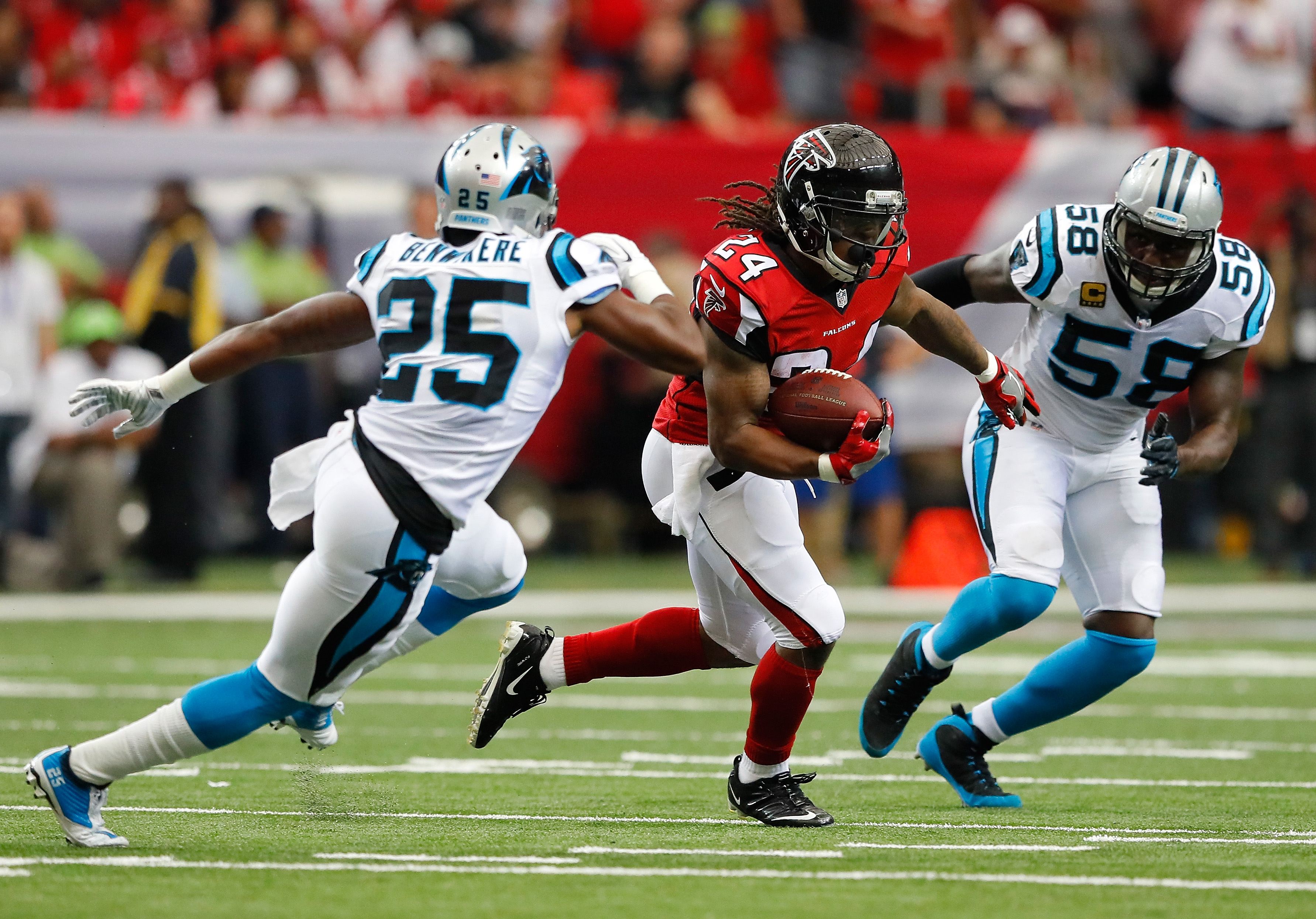 Panthers cut corner Bene Benwikere after loss to Falcons