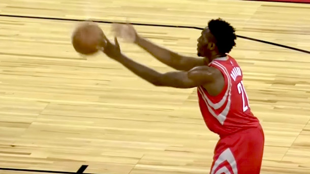 rockets-rookie-chinanu-onuaku-shoots-granny-style-underhand-free-throws