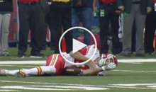 QB Alex Smith Gets BLOWN UP & Has to Leave Game After Head Bounces Off Turf (Video)