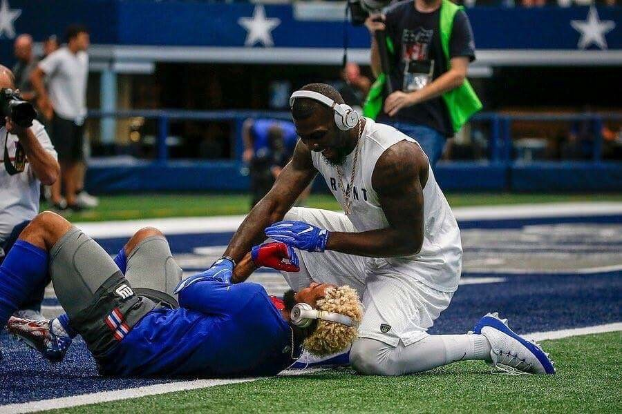 Dez Bryant Tweets Support For His Unhappy Friend Odell ...