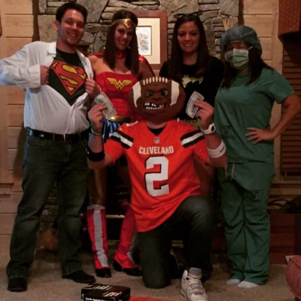 Many People Dressed Up as Johnny Manziel For Halloween ...