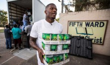 Retired WR Andre Johnson Provides Thanksgiving Dinner For 1,500 Houston Families (Video)