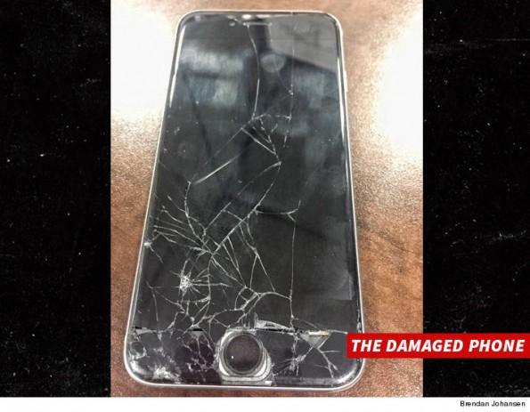 1122-jt-brown-broken-phone-shattered-screen-brendan-johansen-4