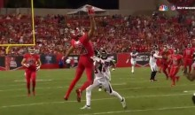 Mike Evans Makes INSANE One-Handed Catch, Gets Drilled Immediately After (Video)