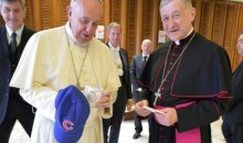 The Pope Was Rocking Some Cubs Gear This Week (Pic)