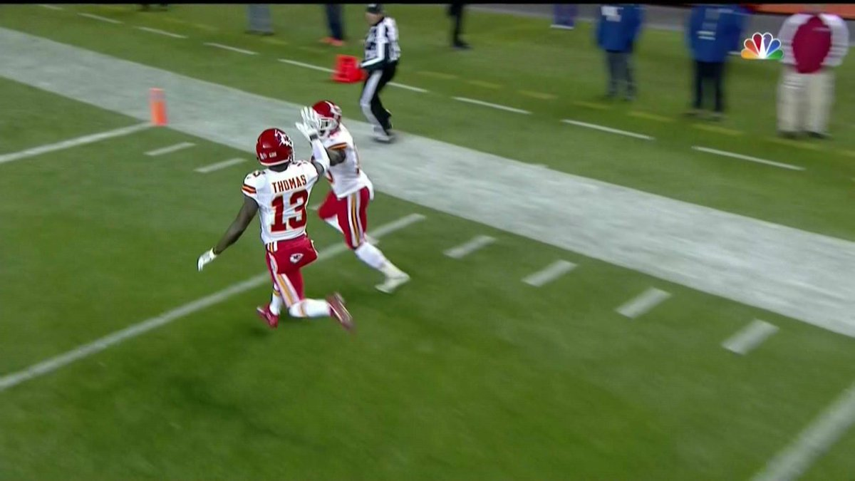 how tall is tyreek hill