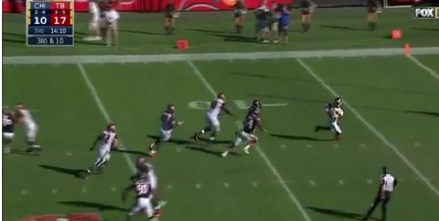 Jameis Winston pulls off Houdini act against Bears
