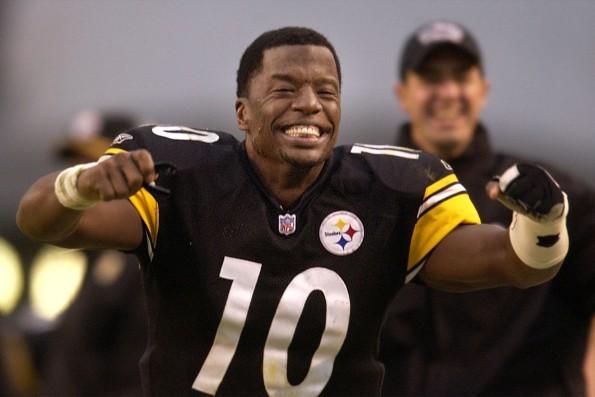 Pittsburgh quarterback Kordell Stewart celebrates
