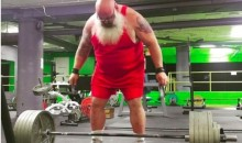 Weightlifting Santa Looks Like Something Out of a Horror Film (Video)