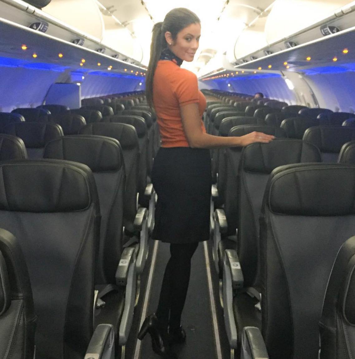 Flight attendant dating site