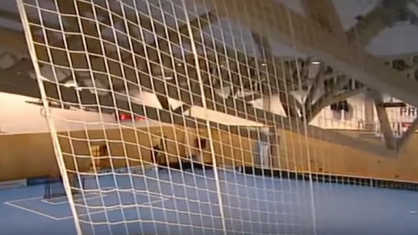 czech gym roof collapse video