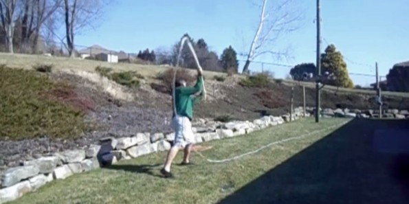 13-034114-youtuber_repeatedly_injures_himself_trying_to_crack_80_foot_bullwhip