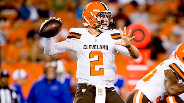 Buffalo Bills v Cleveland Browns